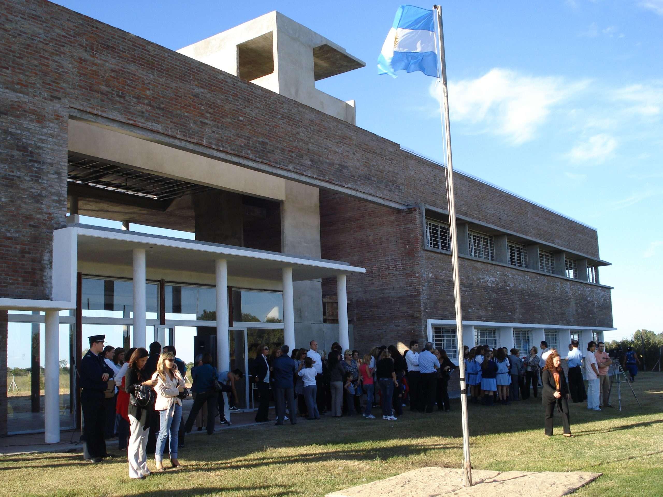 1 - Centro educacional para la formación integral de jóvenes Cuatro Vientos